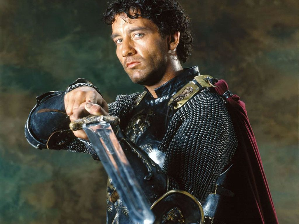 King Arthur as a Roman, portrayed by Clive Owen.